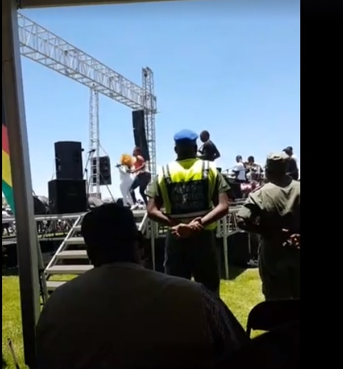 Mugabe Threatens To Fire VP Mnangagwa