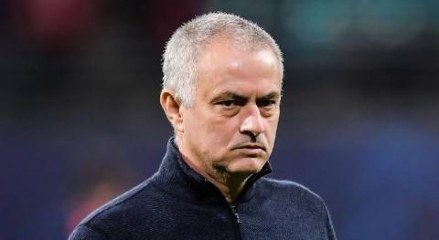 "Mourinho Slams ""Dubious"" Penalty Decision thumbnail"